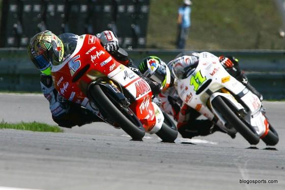 125cc: Yohann Zarco et Sandro Cortese à Brno en 2011