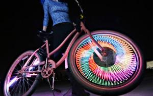 Un éclairage de vélo qui a du style