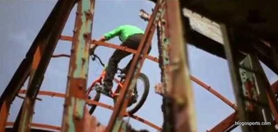 Danny Macaskill - Industrial Revolutions (3)